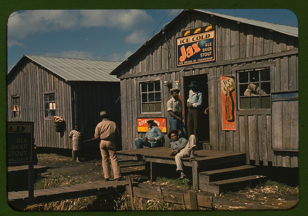 """Living quarters and """"juke joint"""" for migratory workers"""