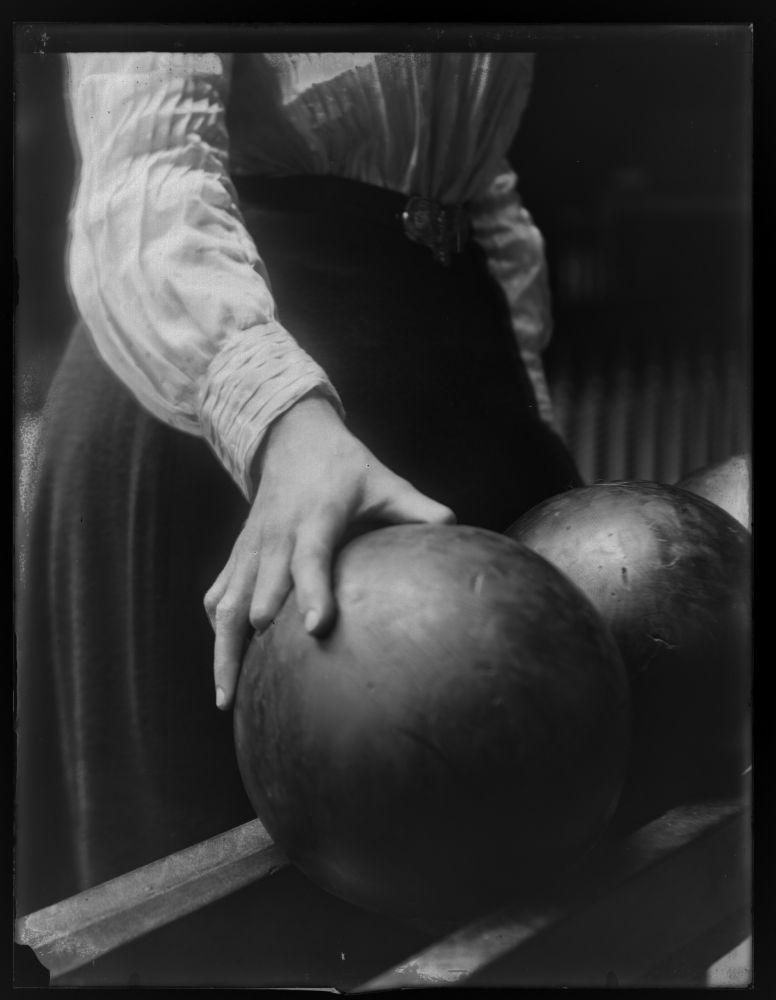 women-bowling3